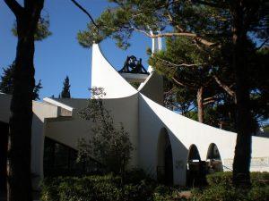 1280px-Église_la_grande_motte